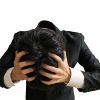 その頭皮のかゆみ本当にふけ症?尋常性乾癬の症状と原因