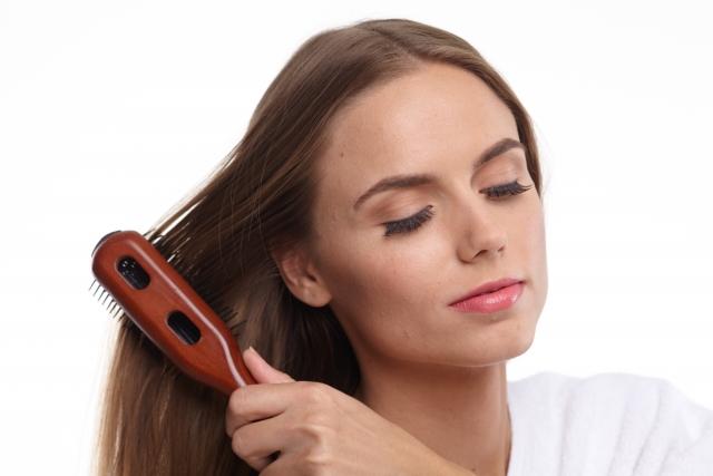 女性は30代から髪質が変わる?ホルモン変化の関係も?